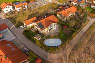 Verkauft: Großzügiges Familiendomizil mit Pool in ruhiger und idyllischer Lage – Eberfing bei Weilheim i.OB 20