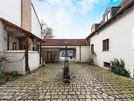 Verkauft: Großzügiges Mehrfamilienhaus mit hohem Ausbau-Potenzial – Neuburg a.d. Donau 01