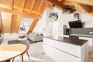 Verkauft: Dachgeschosswohnung mit atemberaubenden Deckenhöhen und Zugspitzblick – Weilheim 02