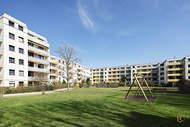 Verkauft: Modernisierte Erdgeschosswohnung mit sonniger Süd-/West-Terrasse – Bogenhausen 14