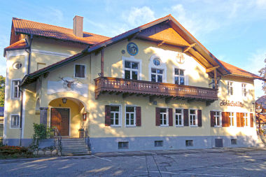Allach: Gaststätte Servetstr. 1