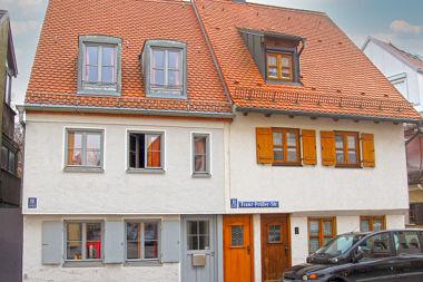 Au: Doppelhaus Franz-Prüller-Str. 11