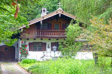 Baldham: Wohnhaus Gartenstr. 13