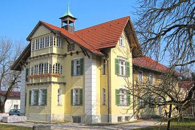 Berg am Laim: Villa Baumkirchner Str. 24