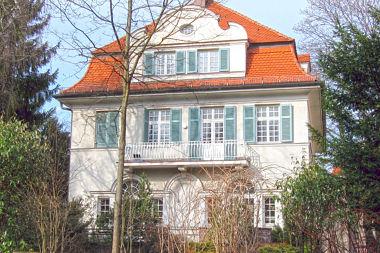 Bogenhausen: Villa Cuvilliesstr. 29