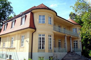 Fünfseenland (Feldafing): Villa Höhenbergstr. 11