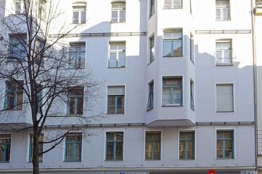 Glockenbachviertel: Mietshaus Hans-Sachs-Str. 13