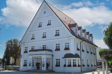 Haar: Gasthaus Kirchenplatz 1