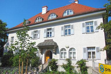 Haar: Schulhaus Kirchenplatz 2