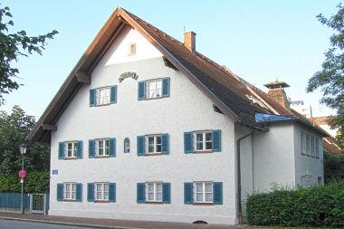 Hadern: Bauernhaus Heiglhofstr. 8