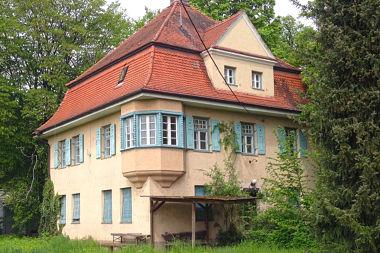 Lochhausen: Wohnhaus Schussenrieder Str. 3