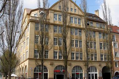 Ludwigsvorstadt: Geschäftshaus Lindwurmstr. 76