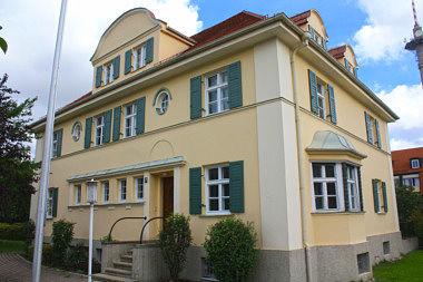 Markt Schwaben: Wohnhaus Bahnhofstr. 28