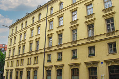 Maxvorstadt: Wohn- und Geschäftshaus Arcostr. 1