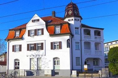 Moosach: Eckhaus Dachauer Str. 431