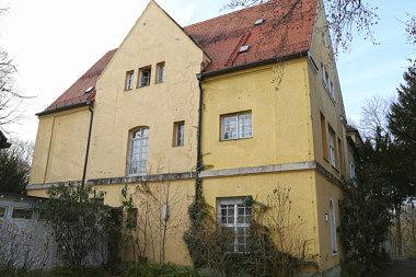 Oberföhring: Villa Muspillistr. 19