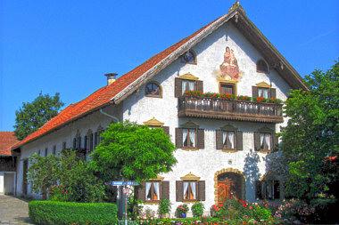 Oberhaching: Bauernhaus Hahilingastr. 1