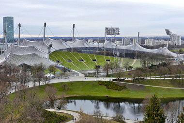 Olympiapark: Multifunktionsstadion Spiridon-Louis-Ring 27