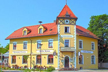 Ottobrunn: Wohnhaus Prinz-Otto-Str. 1