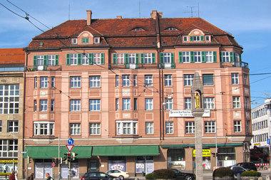 Pasing: Wohn- und Geschäftshaus Bodenseestr. 2