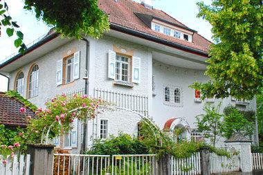 Pullach: Wohnhaus Habenschadenstr. 25