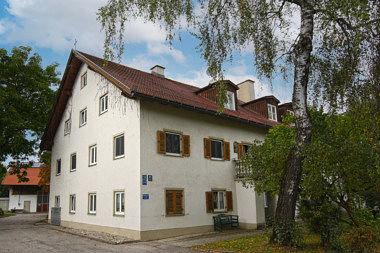 Riem: Bauernhaus Stockerweg 15