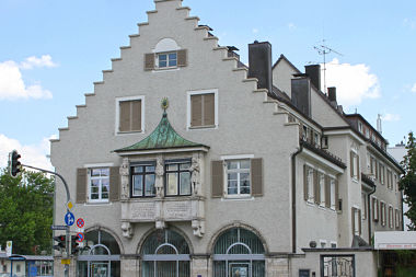 Sendling-Westpark: Wohn- und Geschäftshaus Fürstenrieder Str. 255
