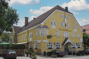 Vaterstetten: Gasthaus Münchener Str. 1