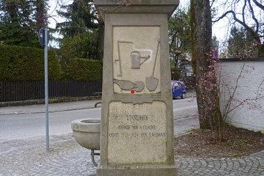 Waldtrudering: Brunnen Waldtruderinger Str. 60
